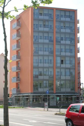 Projektbild Sanierung eines Wohn- und Geschaeftshauses in Karlsruhe-Durlach mit Link zur Projektseite, Neubaustandard