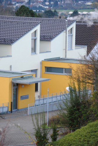 Projektbild Umbau eines Supermarkts zum Mehrfamilienhaus in Karlsruhe-Durlach mit Link zur Projektseite, KfW-Effizienzhaus 85