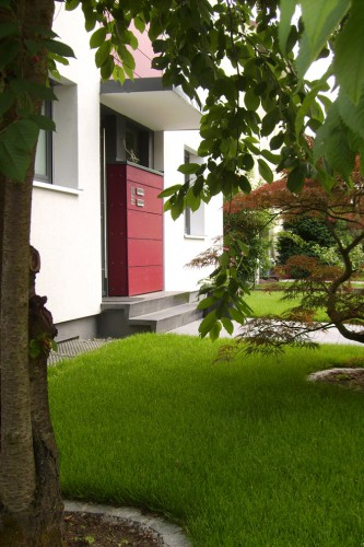 Projektbild Umbau und Sanierung eines Zweifamilienhauses in Karlsruhe mit Link zur Projektseite, Neubaustandard